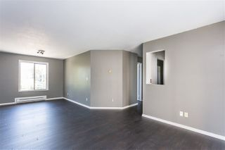 "Photo 7: 306 33598 GEORGE FERGUSON Way in Abbotsford: Central Abbotsford Condo for sale in ""Nelson Manor"" : MLS®# R2383608"