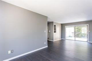 "Photo 8: 306 33598 GEORGE FERGUSON Way in Abbotsford: Central Abbotsford Condo for sale in ""Nelson Manor"" : MLS®# R2383608"
