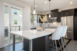 Photo 4: MISSION VALLEY Condo for sale : 3 bedrooms : 2476 Via Alta in San Diego