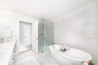 "Photo 17: 16180 87 Avenue in Surrey: Fleetwood Tynehead House 1/2 Duplex for sale in ""FLEETWOOD DUPLEXES"" : MLS®# R2451182"
