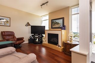 Photo 9: 1306 15152 RUSSELL AVENUE: White Rock Condo for sale (South Surrey White Rock)  : MLS®# R2377952
