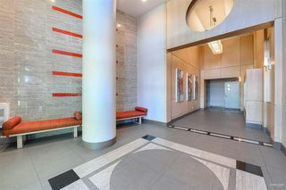 Photo 1: 667 2080 W BROADWAY in Vancouver: Kitsilano Condo for sale (Vancouver West)  : MLS®# R2462492