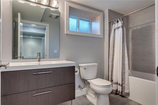 Photo 28: 139 Wildwood Drive SW in Calgary: Wildwood Detached for sale : MLS®# C4305016