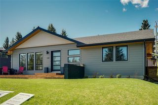 Photo 30: 139 Wildwood Drive SW in Calgary: Wildwood Detached for sale : MLS®# C4305016
