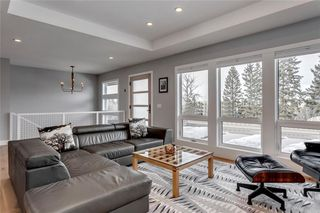 Photo 4: 139 Wildwood Drive SW in Calgary: Wildwood Detached for sale : MLS®# C4305016