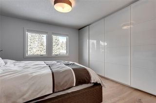 Photo 17: 139 Wildwood Drive SW in Calgary: Wildwood Detached for sale : MLS®# C4305016