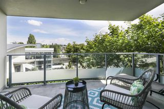 """Photo 14: 502 2225 HOLDOM Avenue in Burnaby: Central BN Condo for sale in """"Legacy Towers"""" (Burnaby North)  : MLS®# R2471558"""