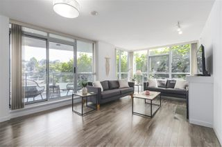 """Photo 3: 502 2225 HOLDOM Avenue in Burnaby: Central BN Condo for sale in """"Legacy Towers"""" (Burnaby North)  : MLS®# R2471558"""