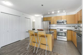 """Photo 6: 502 2225 HOLDOM Avenue in Burnaby: Central BN Condo for sale in """"Legacy Towers"""" (Burnaby North)  : MLS®# R2471558"""