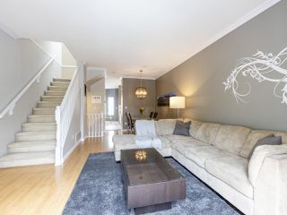 "Photo 11: 2 22000 SHARPE Avenue in Richmond: Hamilton RI Townhouse for sale in ""Richmond Mews"" : MLS®# R2472490"