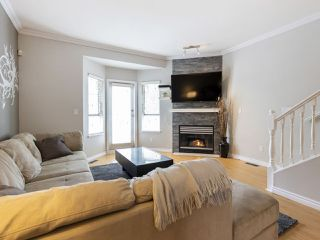 "Photo 9: 2 22000 SHARPE Avenue in Richmond: Hamilton RI Townhouse for sale in ""Richmond Mews"" : MLS®# R2472490"