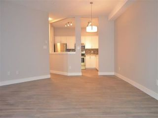 "Photo 8: 115 8139 121A Street in Surrey: Queen Mary Park Surrey Condo for sale in ""THE BIRCHES"" : MLS®# R2478164"