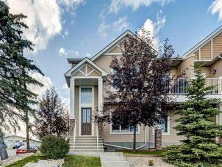 Photo 4: 1020 26 St SE, 1022 26 St SE, 2702 10 Ave SE, 2704 10 Avenue SE in Calgary: Albert Park/Radisson Heights 4 plex for sale : MLS®# A1019972