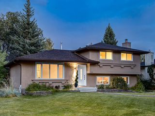 Photo 1: 444 CEDARILLE Crescent SW in Calgary: Cedarbrae Detached for sale : MLS®# A1026165
