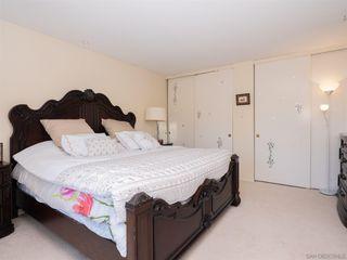 Photo 13: BAY PARK Condo for sale : 3 bedrooms : 4460 Caminito Pedernal in San Diego