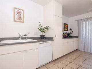 Photo 9: BAY PARK Condo for sale : 3 bedrooms : 4460 Caminito Pedernal in San Diego