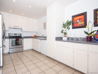 Photo 8: BAY PARK Condo for sale : 3 bedrooms : 4460 Caminito Pedernal in San Diego