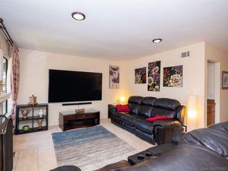 Photo 6: BAY PARK Condo for sale : 3 bedrooms : 4460 Caminito Pedernal in San Diego