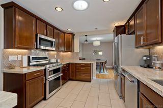 Photo 9: POINT LOMA House for sale : 3 bedrooms : 3609 Wawona Dr in San Diego