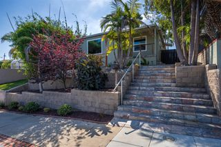 Photo 2: POINT LOMA House for sale : 3 bedrooms : 3609 Wawona Dr in San Diego