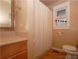 Photo 10: 481 Webb Place in VICTORIA: Co Wishart South Single Family Detached for sale (Colwood)  : MLS®# 302762