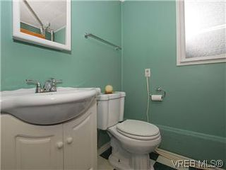 Photo 12: 481 Webb Place in VICTORIA: Co Wishart South Single Family Detached for sale (Colwood)  : MLS®# 302762