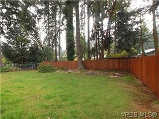 Photo 18: 481 Webb Place in VICTORIA: Co Wishart South Single Family Detached for sale (Colwood)  : MLS®# 302762