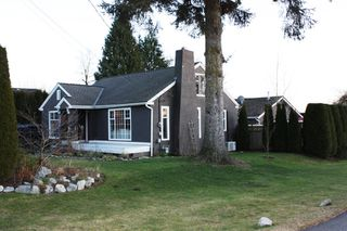 Photo 1: 32846 4TH Avenue in Mission: Mission BC House for sale : MLS®# F1201254