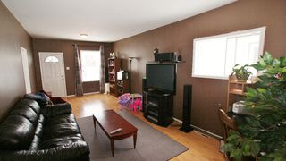 Photo 2: 214 Victoria Avenue East in Winnipeg: Transcona Residential for sale (North East Winnipeg)  : MLS®# 1203606