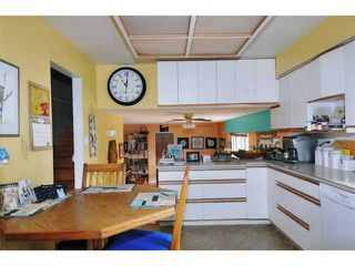 Photo 2: 21741 HOWISON AV in Maple Ridge: West Central House for sale : MLS®# V942196