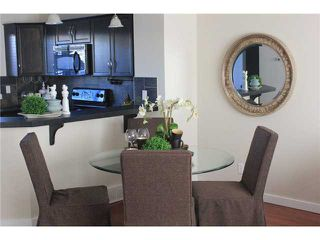 Photo 8: 176 EVERSYDE Boulevard SW in CALGARY: Evergreen Residential Attached for sale (Calgary)  : MLS®# C3543318