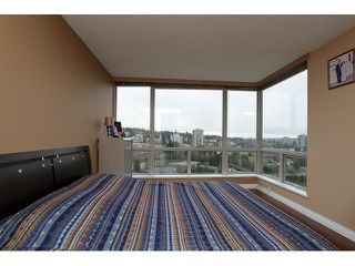 "Photo 9: 1405 9623 MANCHESTER Drive in Burnaby: Cariboo Condo for sale in ""STRATHMORE TOWERS"" (Burnaby North)  : MLS®# V1053890"