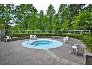 "Photo 13: 1405 9623 MANCHESTER Drive in Burnaby: Cariboo Condo for sale in ""STRATHMORE TOWERS"" (Burnaby North)  : MLS®# V1053890"