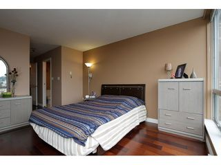 """Photo 7: 1405 9623 MANCHESTER Drive in Burnaby: Cariboo Condo for sale in """"STRATHMORE TOWERS"""" (Burnaby North)  : MLS®# V1053890"""