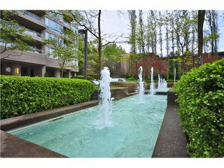 "Photo 14: 1405 9623 MANCHESTER Drive in Burnaby: Cariboo Condo for sale in ""STRATHMORE TOWERS"" (Burnaby North)  : MLS®# V1053890"
