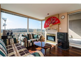 """Photo 2: 1405 9623 MANCHESTER Drive in Burnaby: Cariboo Condo for sale in """"STRATHMORE TOWERS"""" (Burnaby North)  : MLS®# V1053890"""