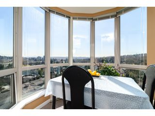 "Photo 7: 1405 9623 MANCHESTER Drive in Burnaby: Cariboo Condo for sale in ""STRATHMORE TOWERS"" (Burnaby North)  : MLS®# V1053890"