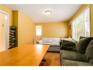 "Photo 4: 637 E 24TH Avenue in Vancouver: Fraser VE House for sale in ""FRASER"" (Vancouver East)  : MLS®# V1072465"