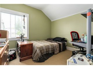 "Photo 11: 637 E 24TH Avenue in Vancouver: Fraser VE House for sale in ""FRASER"" (Vancouver East)  : MLS®# V1072465"