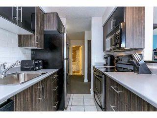 """Photo 8: 102 15265 ROPER Avenue: White Rock Condo for sale in """"WILTSHIRE"""" (South Surrey White Rock)  : MLS®# F1428825"""