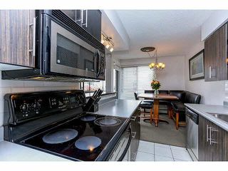 """Photo 13: 102 15265 ROPER Avenue: White Rock Condo for sale in """"WILTSHIRE"""" (South Surrey White Rock)  : MLS®# F1428825"""
