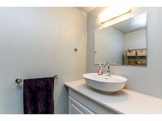 """Photo 18: 102 15265 ROPER Avenue: White Rock Condo for sale in """"WILTSHIRE"""" (South Surrey White Rock)  : MLS®# F1428825"""