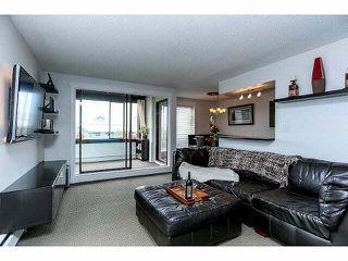 """Photo 4: 102 15265 ROPER Avenue: White Rock Condo for sale in """"WILTSHIRE"""" (South Surrey White Rock)  : MLS®# F1428825"""