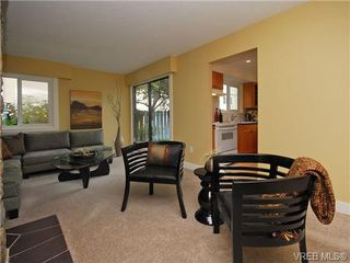 Photo 4: 2 444 Michigan St in VICTORIA: Vi James Bay Row/Townhouse for sale (Victoria)  : MLS®# 694469