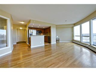 Photo 11: 1102 1088 6 Avenue SW in Calgary: Downtown West End Condo for sale : MLS®# C4004240
