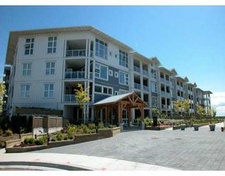 """Photo 1: 416 4600 WESTWATER DR in Richmond: Steveston South Condo for sale in """"COPPER SKY"""" : MLS®# V529442"""