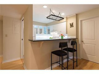 Photo 4: 7 2077 3RD Ave W in Vancouver West: Kitsilano Home for sale ()  : MLS®# V987614