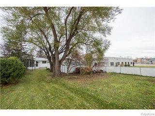 Photo 2: 406 Rouge Road in WINNIPEG: Westwood / Crestview Residential for sale (West Winnipeg)  : MLS®# 1600454