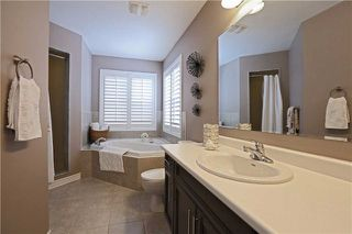 Photo 6: 1001 Savoline Boulevard in Milton: Harrison House (2-Storey) for sale : MLS®# W3391514