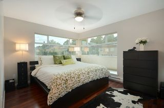 "Photo 8: 999 W 20TH Avenue in Vancouver: Cambie Townhouse for sale in ""OAK CREST"" (Vancouver West)  : MLS®# R2039700"